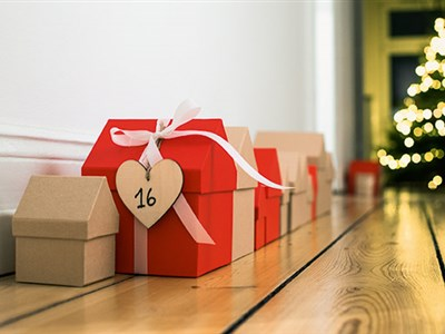 130037_130038_130039_VILLAGE_Adventskalender_Geschenkbox_mood2